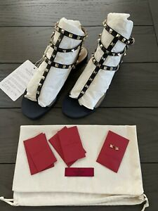 VALENTINO GARAVANI Patent Leather ROCKSTUD Flat Flip-Flop Thong Sandals NAVY 41