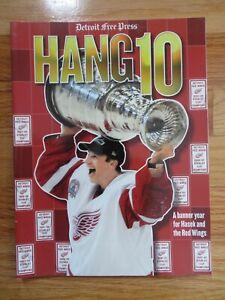 2002 Detroit Free Press HANG 10 DETROIT RED WINGS Champion Program DOMINIK HASEK
