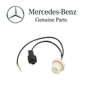 For Mercedes W203 W211 C & E-Class Front Turn Signal Light Connector Genuine