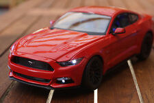 2015 FORD MUSTANG  1:18 MIT LED-BELEUCHTUNG(XENON) MAISTO TUNING ROT