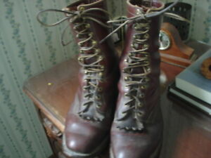 MENS 13D LEATHER HIGH TOP USED FOREST SERVICE, LINEMAN BOOT W/COWBOY HEEL
