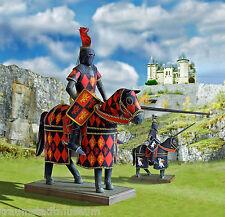 Turnier-Ritter 1:9 Bastelbogen für einen Ritter mit Rüstung Pferd zwei Outfits