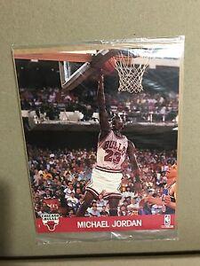 MICHAEL JORDAN PHOTO -  NBA HOOPS 1990