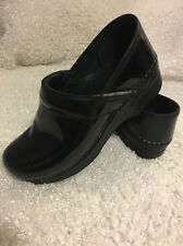 Dansko 37 Professional Clogs. Patent Leather.doctor/nurse/ Restaurant nonslip