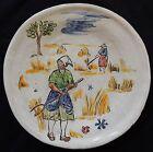 A'/ Assiette (n°1) signée CLOS DE JOYE décor peint main (fermières...)