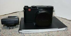 Leica X (Typ 113) Digital Camera (Black)