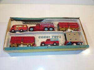 Corgi vintage Chipperfields Circus gift set - worn