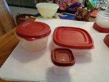 (3) Rubbermaid  Clear w/ Red Lids  EUC