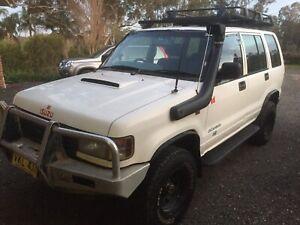 Holden jackaroo wrecking 3.1L 4jg2, 4jb1 rodeo