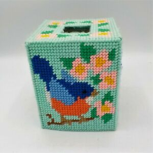 Holiday Tissue Box Cover Topper Handmade Yarn Stich  Plastic Canvas (3)