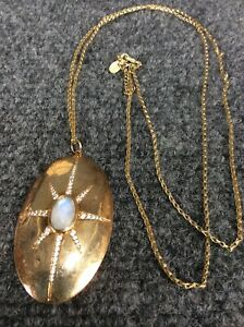 Beautiful AV sterling silver  925 vermeil moonstone pendant necklace