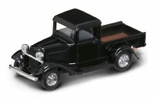Ford Pick Up 1934 Black 1:43 Model LUCKY DIE CAST