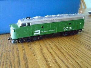 HO SCALE BACHMANN BURLINGTON NORTHERN #9710 DIESEL LOCOMOTIVE RAILROAD TRAIN