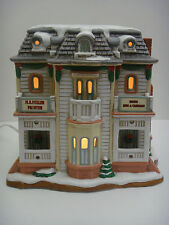 1997 Lefton's Colonial Village Collection Porcelain Lighted M.S. MILLER PAINTER