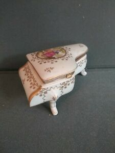 VINTAGE  HAND PAINTED PORCELAIN TRINKET JEWELRY PIANO BOX  ITALY