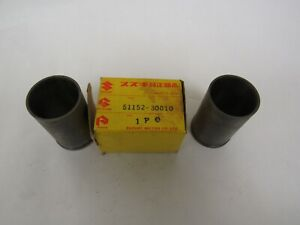 NEW GENUINE SUZUKI TS250 TS400 INNER TUBE GUIDE 51152-30010  1971 1972