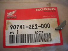 NOS Honda OEM Key 25X18 02-08 FSC600 95-01 TRX400 0708 TRX420 90741-ZE2-000