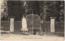 CPA 93 - CLICHY SOUS BOIS (Seine St Denis) - Entrée du Château (petite animation