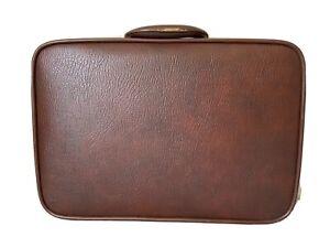 """1977 Vintage Ventura Briefcase with Prestolock 19"""" x 14"""" x 5"""""""