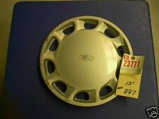 ESCORT 91-92 10 SLOTS 13 INCH WHEELCOVER