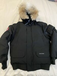 CANADA GOOSE Mens Chilliwack Hooded Down Bomber Black Jacket Size Small