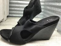 A/M Ann Marino Black Comfort Wedge Slip On Women's Sandals Size 9
