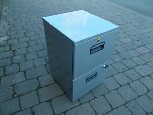 2 Drawer Lightweight Filing Cabinet  with Key-----  Buyer to collect