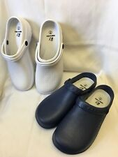Medical nursing nurse woman clogs