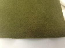 tissu  feutrine / vert olive  format  A 4 : 32 cm x 23.5 cm   1.00 euros :MAGD