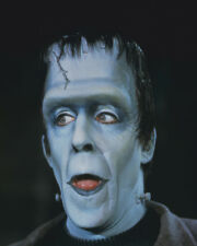THE MUNSTERS FRED GWYNNE CLOSE UP COLOR PORTRAIT AS HERMAN 8X10 PHOTO