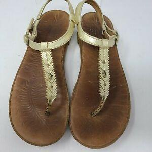 Olukai Womens Kanani Thong Sandals Size 10 Gold Leather Fringe Sling back Shoes