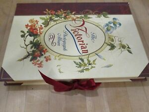 Lovely vintage Victorian style picture album - holds 47 pictures - unused clean