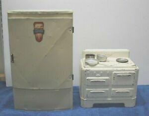 VTG Wolverine Tin Litho Toy Kitchen Polar Refrig & Icebox plus Marx Metal Stove
