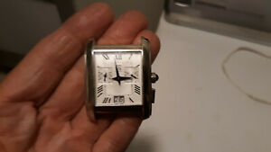 VINTAGE ESQ SWISS BY MOVADO STAINLESS STEEL SQUARE WATCH  E5452 NO BAND PARTS