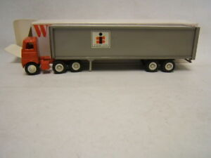 Winross Interstate System Tractor Trailer MIB 1/64 Scale White 5000 Cab