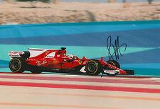 "Sebastian Vettel ""Ferrari 2017"" Autogramm signed 20x30 cm Bild"