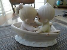 ENESCO PRECIOUS MOMENTS FIGURINE FRIENDS NEVER DRIFT APART 100250