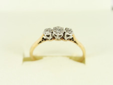 Diamond Trilogy Ring 18ct Gold Ladies Size N 1/4 750 1.9g Dn11