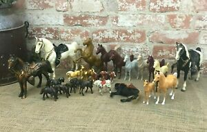 Lot of 23 Horse Figures Hartland Plastic Cast Pot Metal Horse Figurines Japan