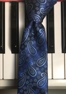 MICHAEL KORS / Skinny Subtle Striped Blue Paisley Easy Care Microfiber Tie  NWOT
