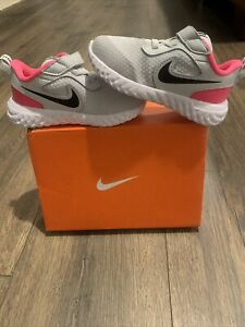 Todder Girl Nike Revolution 5 Shoes Size 7