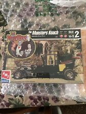 AMT The Munsters Koach KIT 1/25 Model Car - 1999 Sealed - Ages 10 & Up - Skill 2