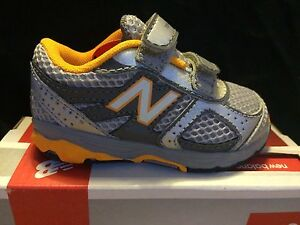 Boys Sneakers New Balance Silver and Yellow Sneakers  Infant Boys Size 4 Wide