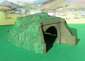 Hornby Dublo Single Track Tunnel - VGC
