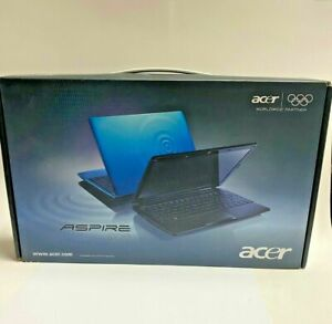 """Acer Aspire One 722 11.6"""" HD Netbook 4 GB DDR3 Memory 320 GB HDD  BRAND NEW"""