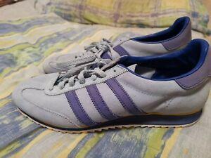 Adidas jeans trainers rare original. Size 9.