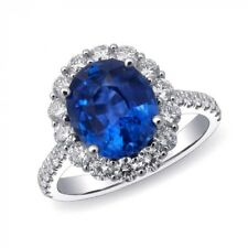 Natural Blue Sapphire 3.65 carats set in Platinum Ring with Diamonds