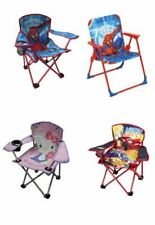 Tavolini e sedie in tessuto per bambini