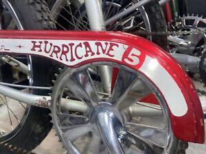SCHWINN STINGRAY HURRICANE 5 SPEED RED CHAINGUARD ORIGINAL PAINT VINTAGE  BMX