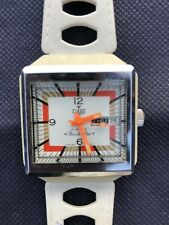 Vintage 1960s Claro Beach Star Swiss Wristwatch- Needs click spring.